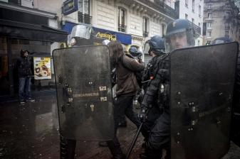 Paris, 31 mars 2016. Manifestation contre le projet de reforme du code du travail